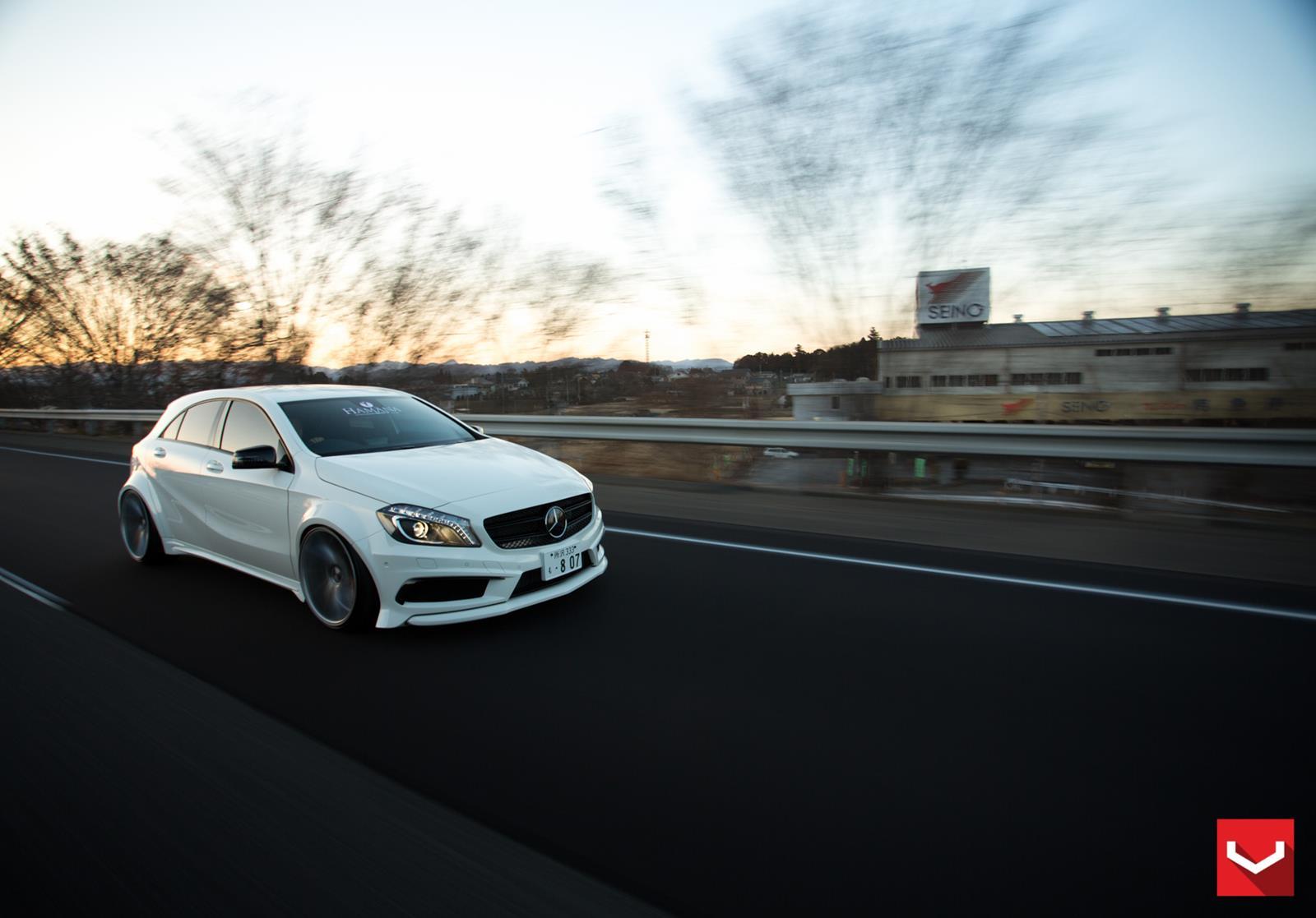 Mercedes benz a45 amg vossen cvt vossen wheels for Voss mercedes benz