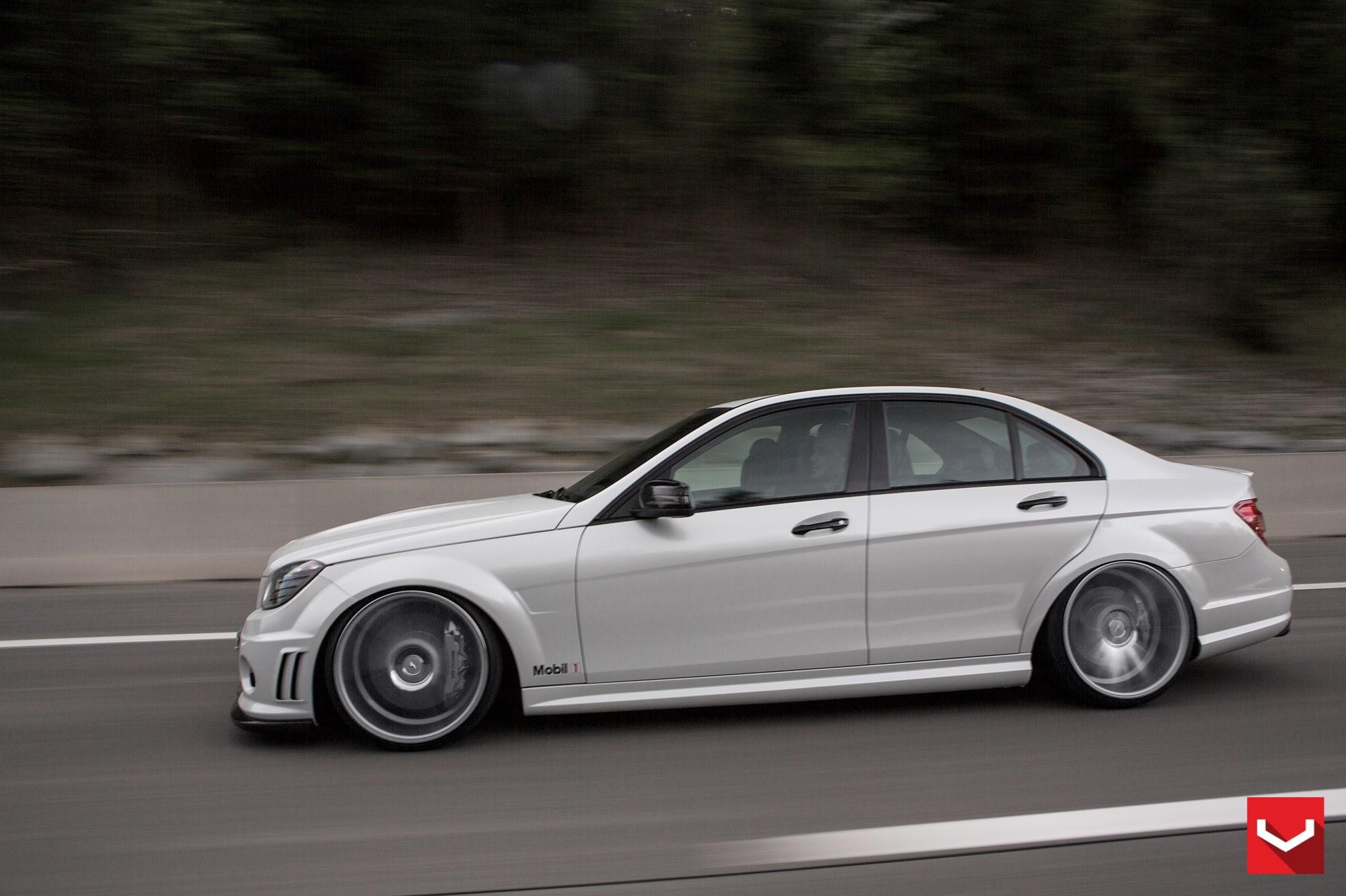 Mercedes benz c class vossen cv7 vossen wheels for Voss mercedes benz