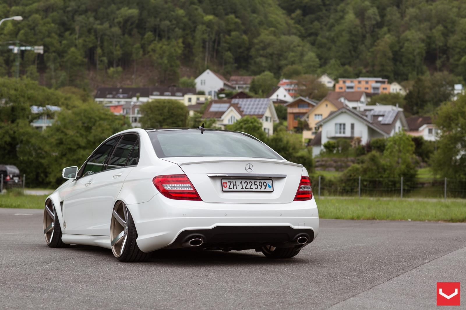 Mercedes benz c class vossen cv3r vossen wheels for Voss mercedes benz