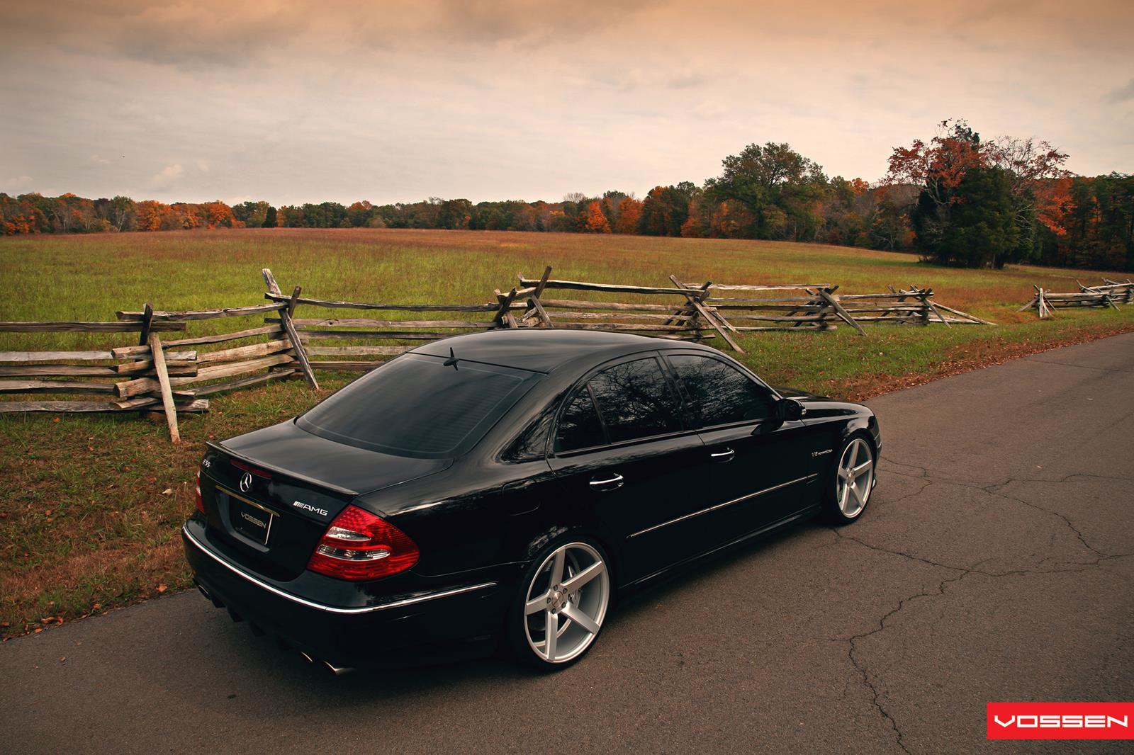 Mercedes benz e class vossen cv3r vossen wheels for Voss mercedes benz