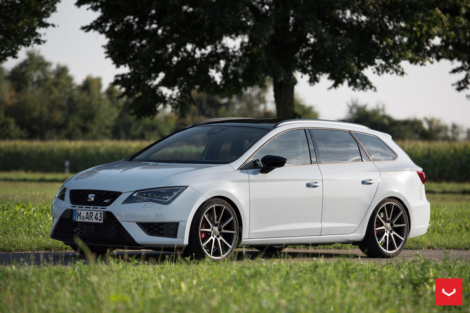seat leon cupra vossen flow formed series vfs1 vossen. Black Bedroom Furniture Sets. Home Design Ideas