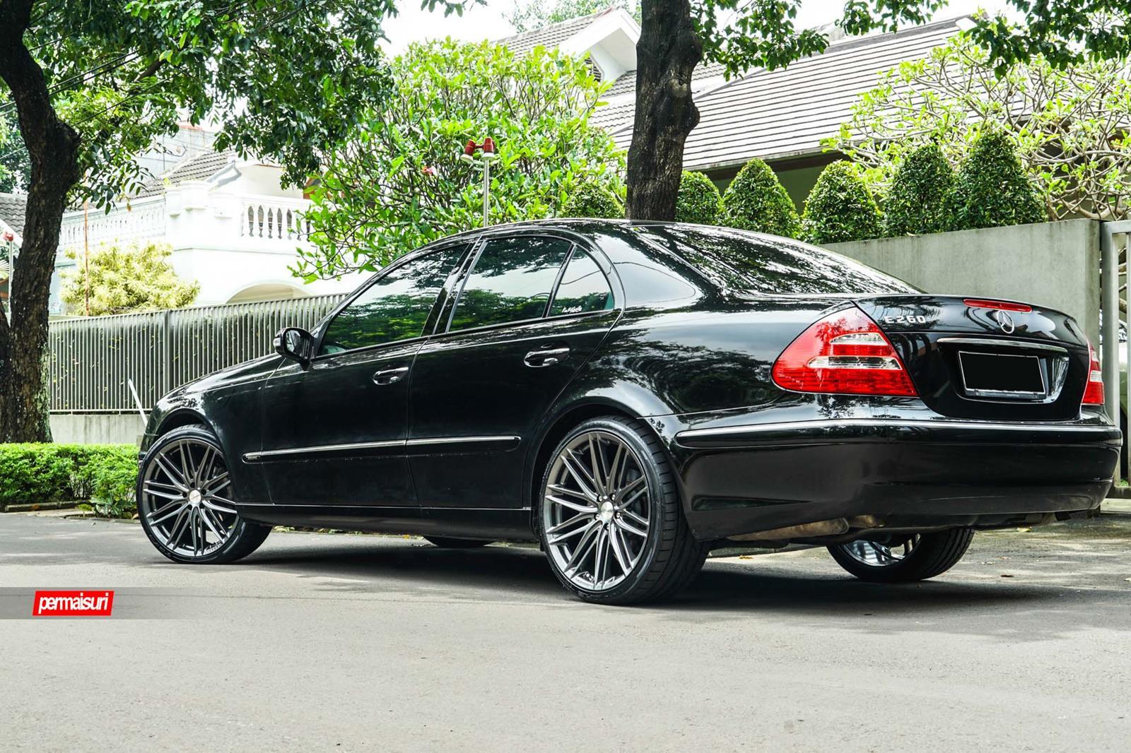 Mercedes benz e class vossen hybrid forged series vfs4 for Voss mercedes benz