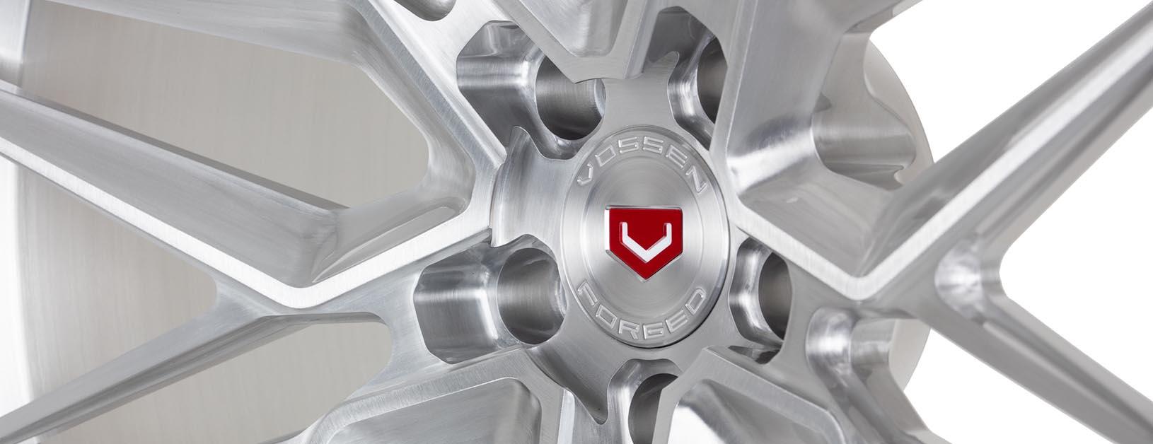 Vossen-EVO-5-C04-Gloss-Clear-Brushed-EVO-Series-©-Vossen-Wheels-2019-0037-Edit